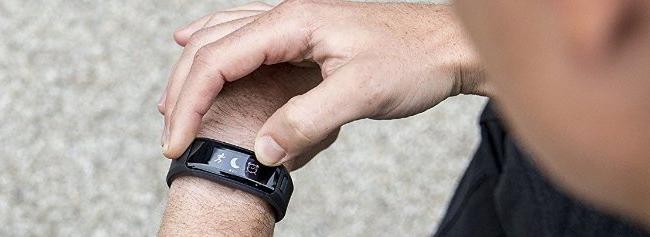 Bracelet tracker d'activité avec notifications smartphone