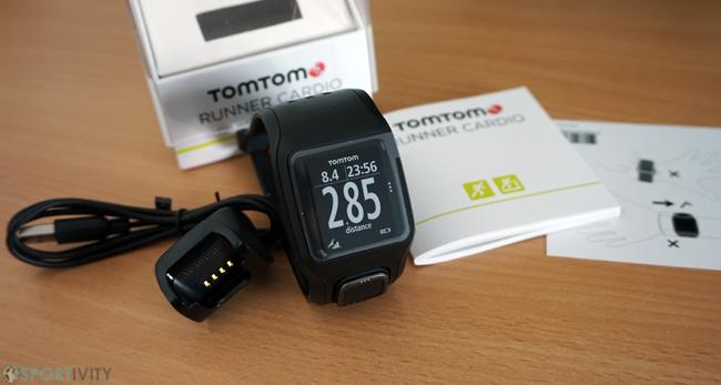 Unboxing TomTom Runner Cardio