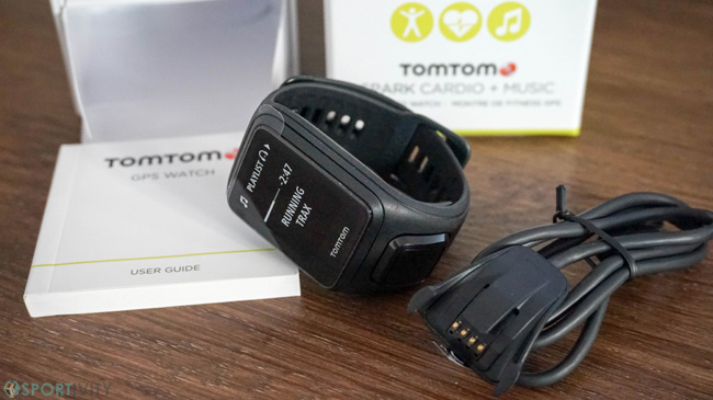 Unboxing de la TomTom Spark Cardio GPS Music