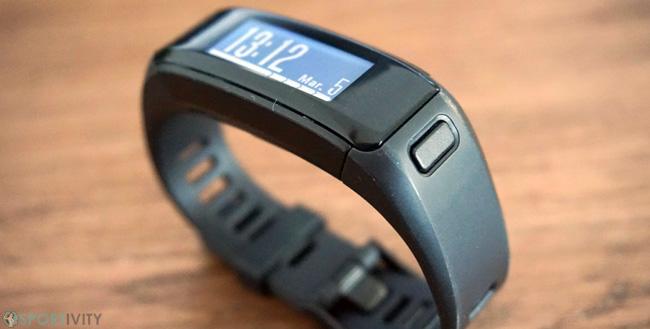 Tracker fitness avec écran tactile