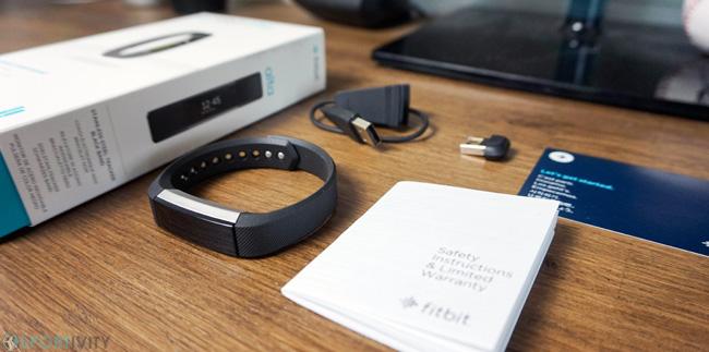 Unboxing Fitbit Alta
