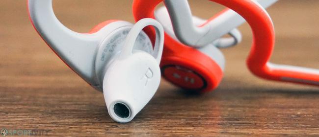 Zoom sur les oreillettes des écouteurs